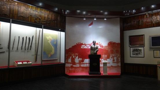 Kết quả hình ảnh cho bảo tàng cách mạng việt nam